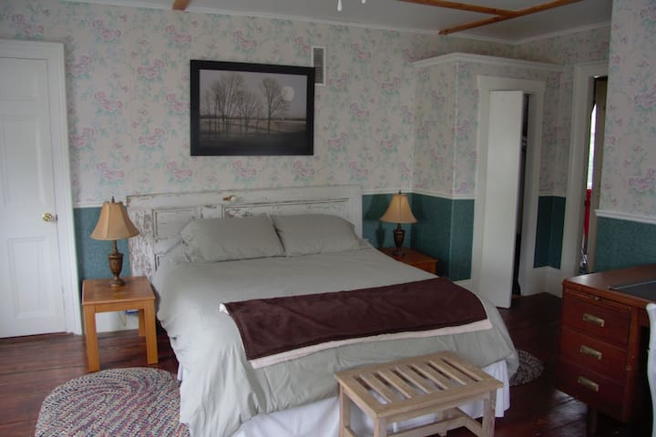 Spacious Room in the heart of St Andrews