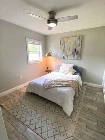 Third Bedroom has a full bed