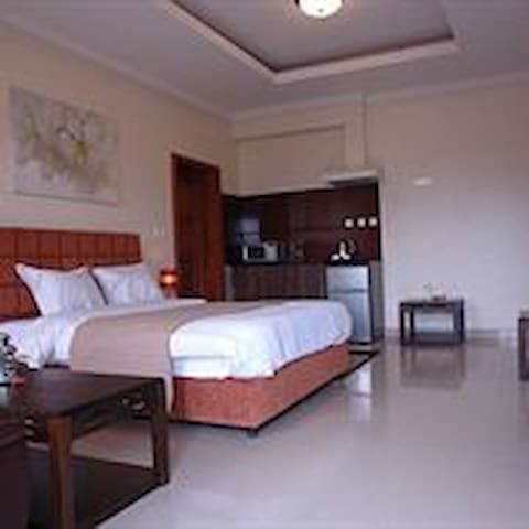 ***** Central down town Deluxe Rooms w/view
