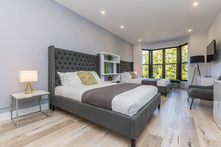 Alluring Lofts du Parc Lahaie Mile End - 301