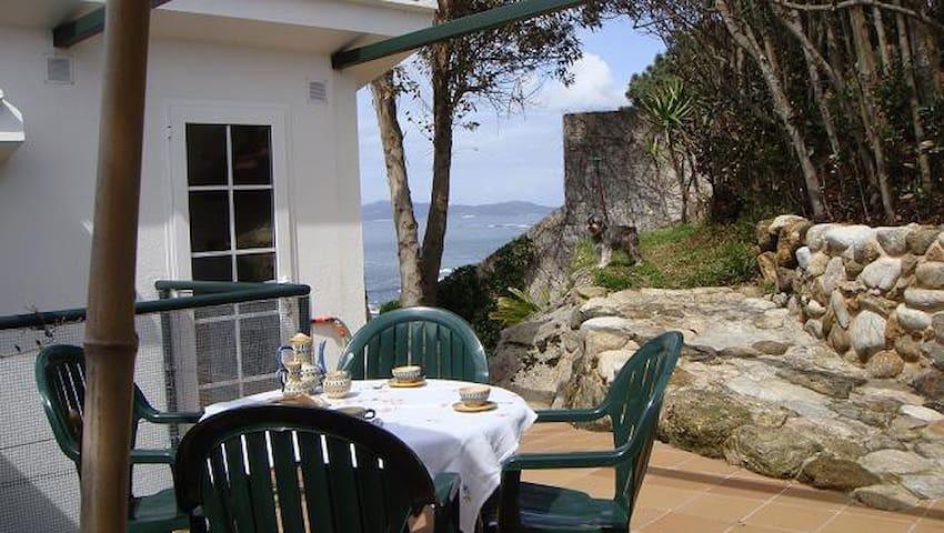 Precioso estudio 1ª línea frente a las Islas Cíes - Vigo - Outro