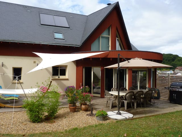 RESERVATION 2 CHAMBRES - Montfort-le-Gesnois - Bed & Breakfast