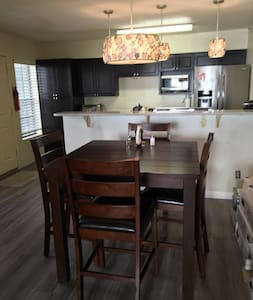 Updated, cozy, great location. - Scottsdale