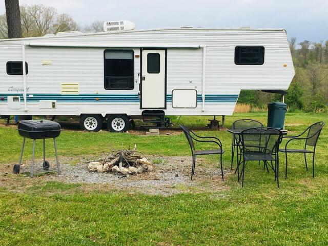 """""""The Camper"""" at Buffalo River Lodge"""