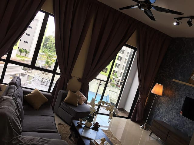 Cozy new pool view apartment @ Johor Bahru - Masai - Daire