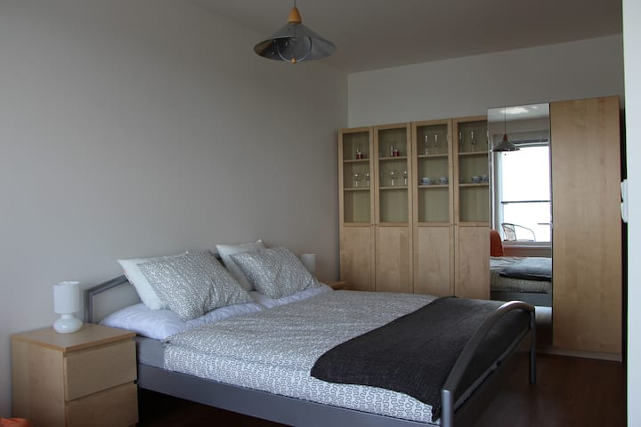 NEW APARTMENT, near to airport and metro station