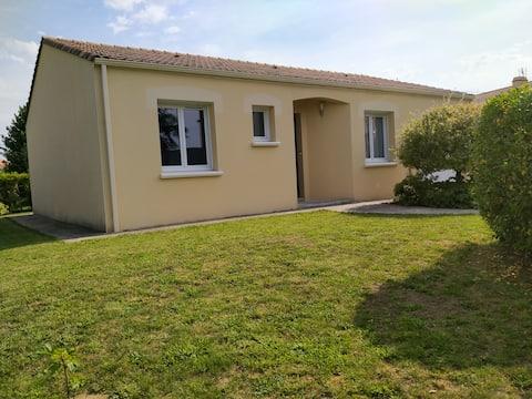 Maison de 75m² avec jardin et terasse au calme