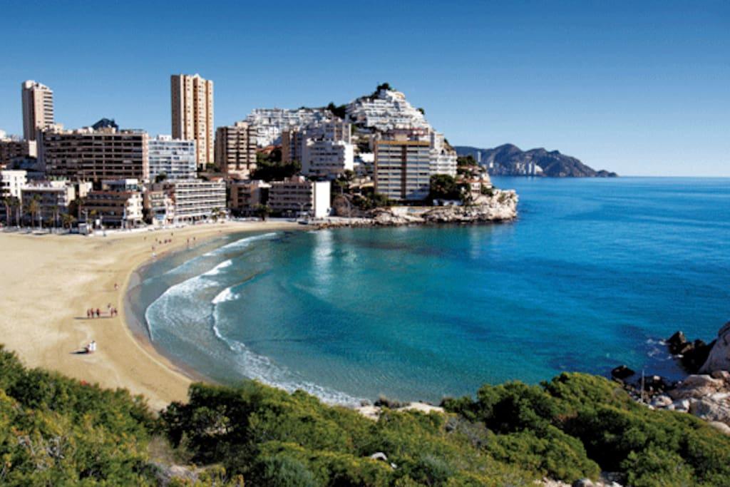 Habitacion en la cala de finestrat apartamentos en alquiler en benidorm comunidad valenciana - Apartamentos de alquiler en benidorm baratos ...