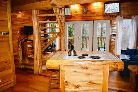 Hidden Falls Cabin- RRG: No cleaning or pet fees!