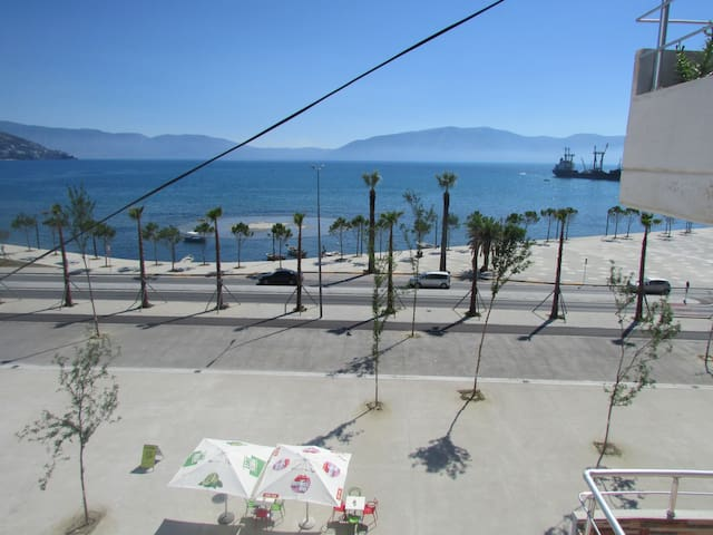 Vlore Center Beach Apartment
