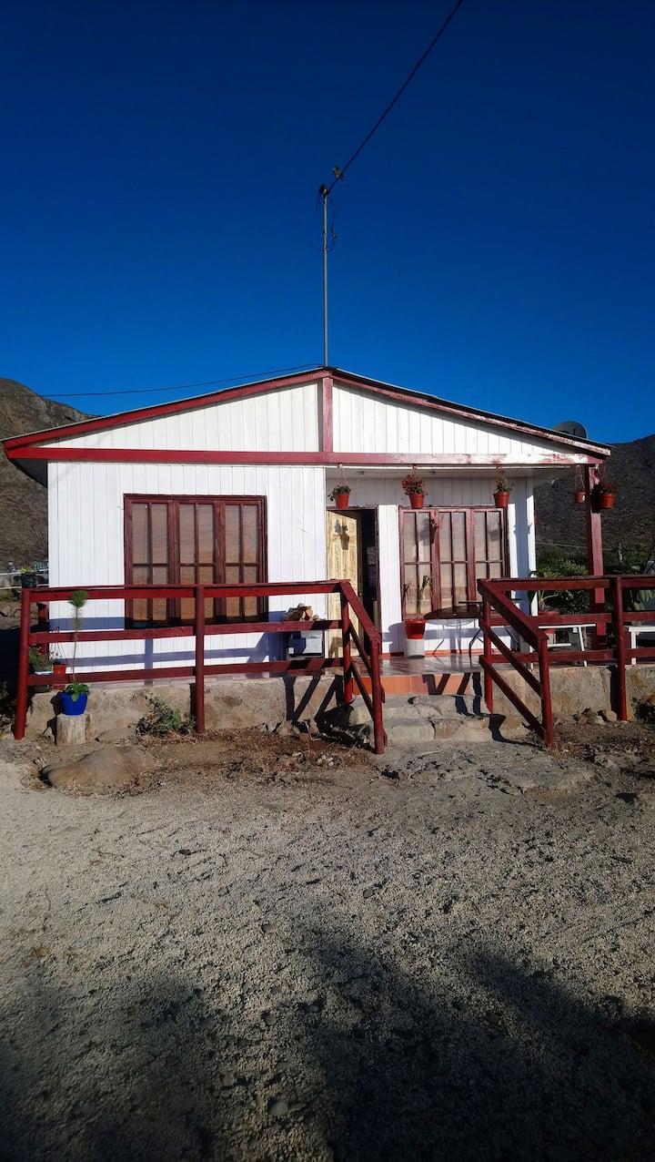Cabaña rústica en Totoralillo