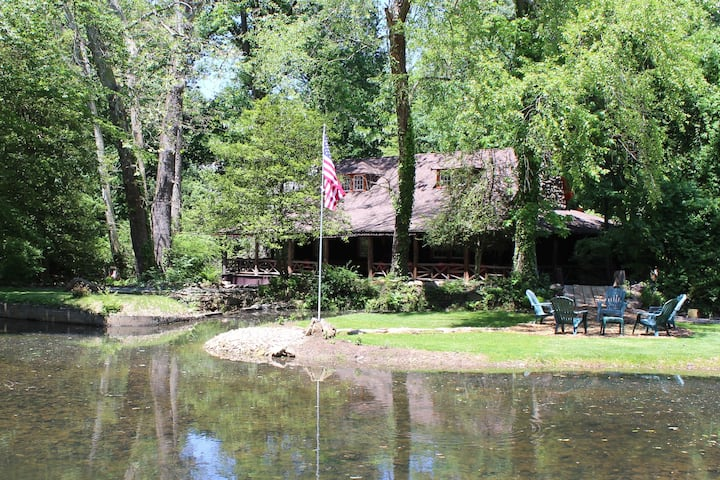 Quinn-Lodge home rental in Philly Suburbs!!