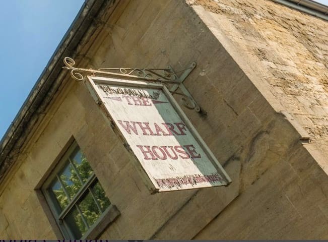 **Unique City Centre Old English Pub Conversion**