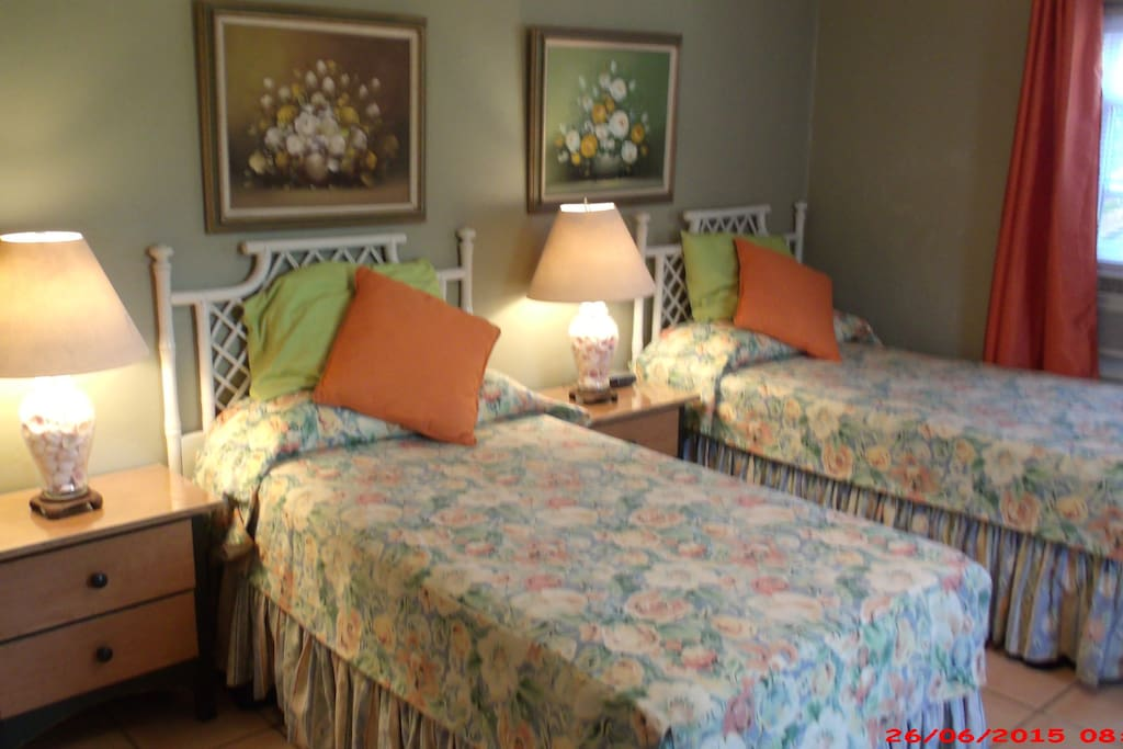Twin bed configuration