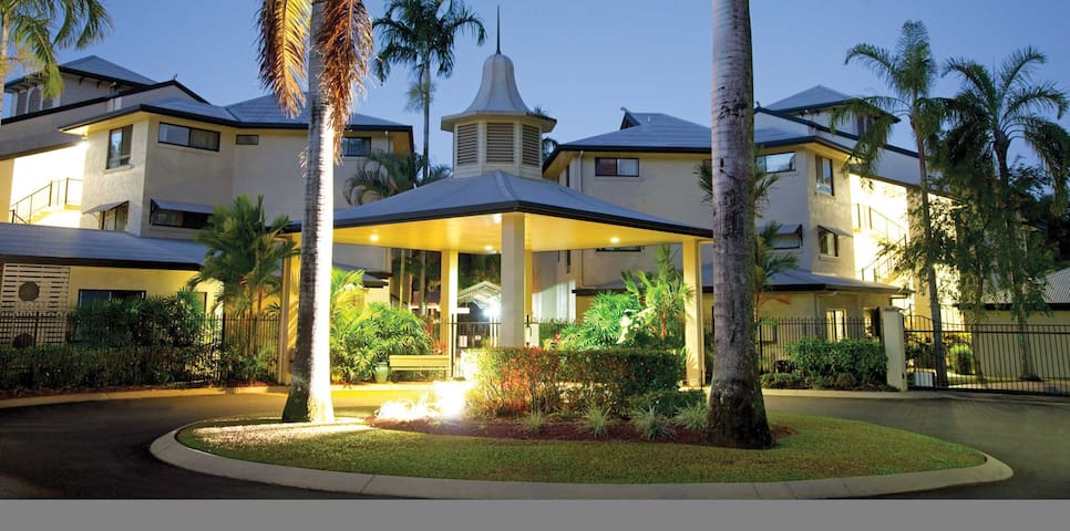 2 bedroom apartment in Cairns - White Rock - Timeshare