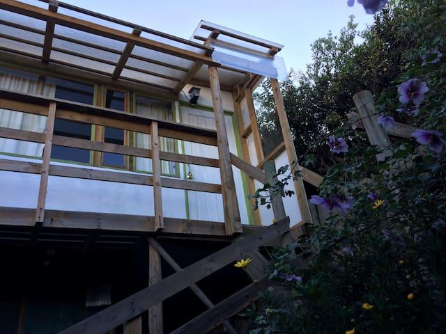 cabaña pajarera para tres personas en cachagua