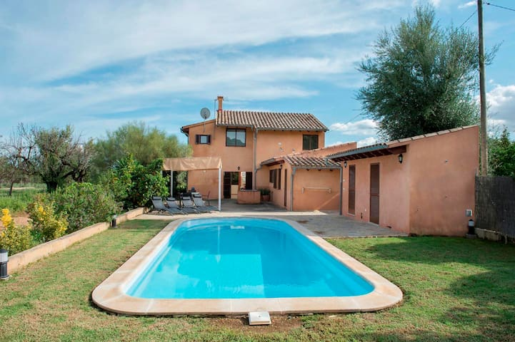Villa Alqueria in lovely country house Campanet - Campanet - Hus