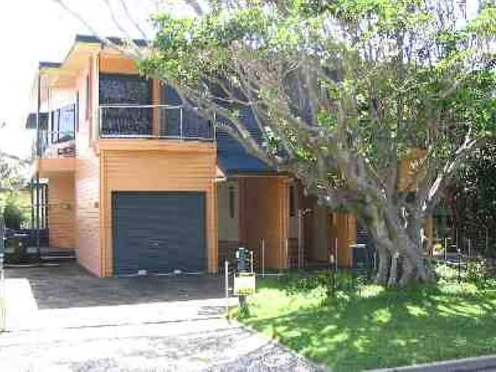 Fig Tree Down | 2 Bedroom, 1 Bathroom, Sleeps 4