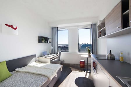 Beautiful 1bed Studio Apartment Galluswarte area - Frankfurt am Main