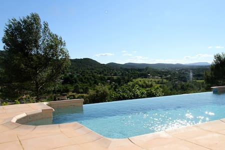 Villa avec piscine en Provence Verte - Le Val
