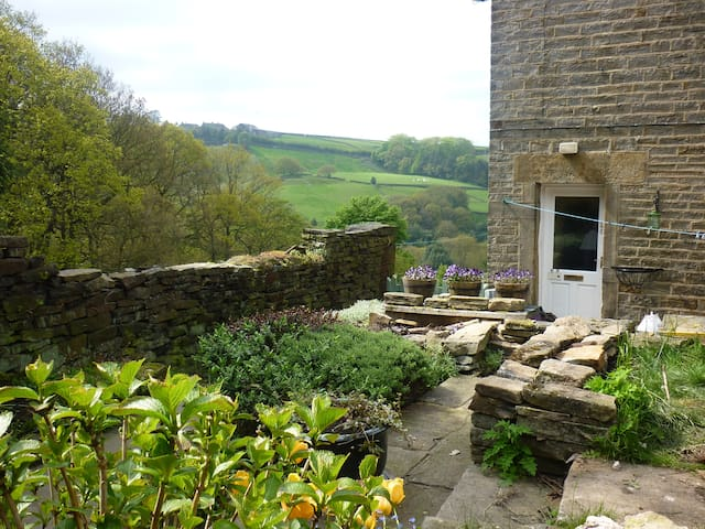 Holmfirth Cottage for 2-3 - Holmfirth - Casa