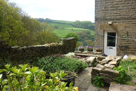 Holmfirth Cottage for 2-3 - Holmfirth - Rumah