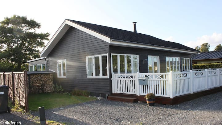 New Cottage 100 m. beach and 40 min. from Legoland