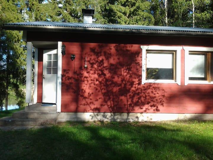 Cottage by the lake Kuusiranta