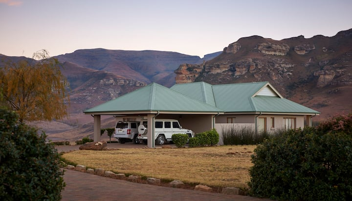 Dynasty Red Mountain Ranch - 3 bedroom house
