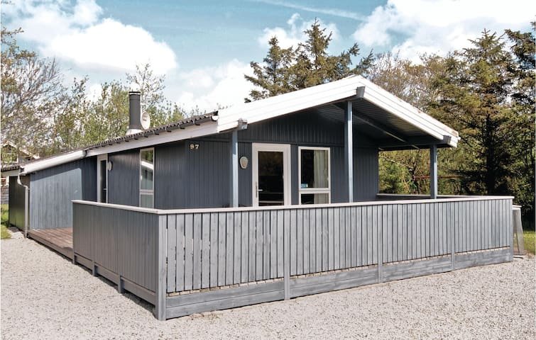 Holiday cottage with 3 bedrooms on 86m² in Hemmet