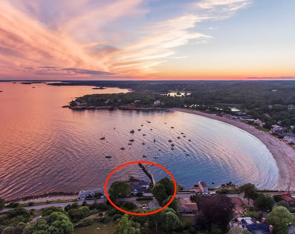 Ocean 10' away! The Pier House in Magnolia Awaits!