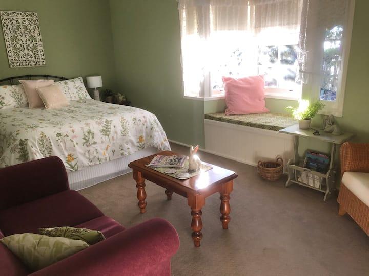 Cumnock Garden Room
