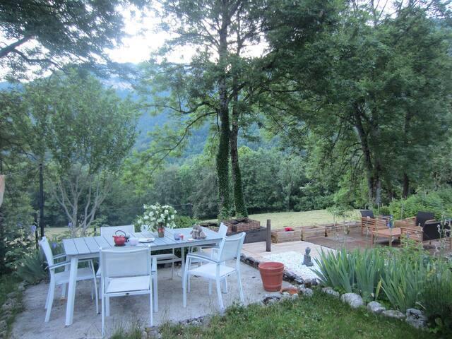 Chambre 3-4 pers dans Maison Montagne et Lac - Montcel - Casa cova