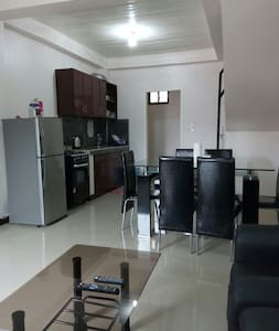 Fully furnished 2-bdrm apartment near Clark - Angeles