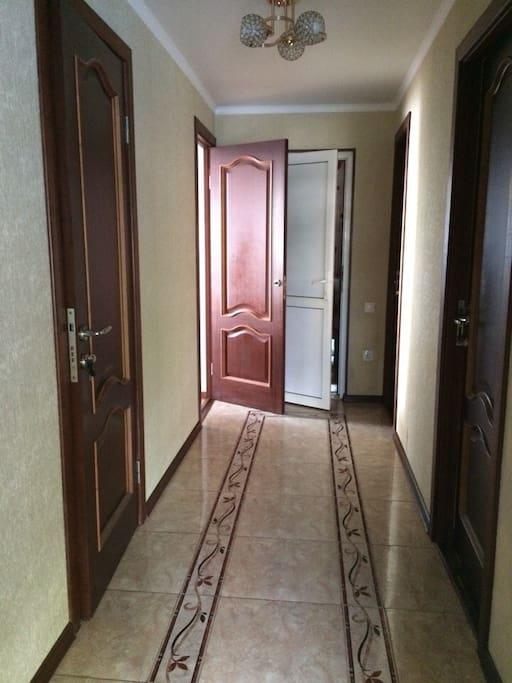 общий коридор на 3 эконома