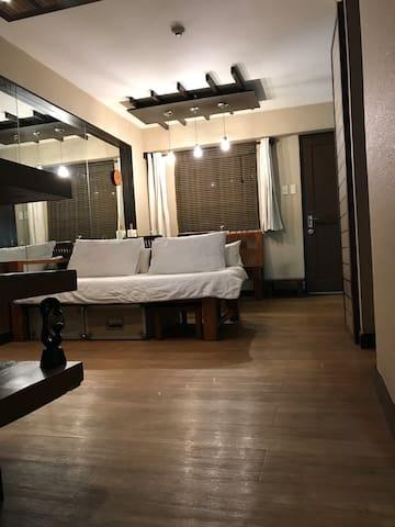 Classy Comfy Place at Magnolia , Tandang Sora