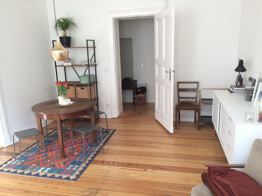 Guest room with own entrance