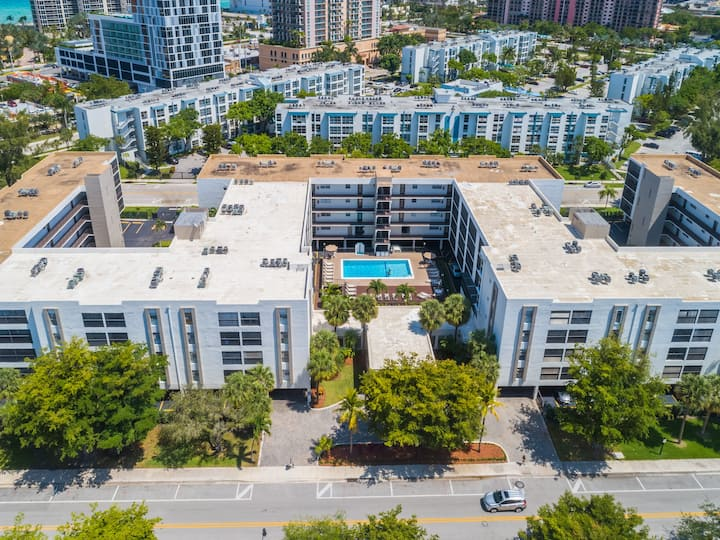 Comfy, Convenient Apartment located in Sunny Isles