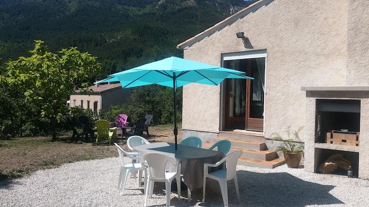 Maison Individuelle 6/8 personnes  à Castellane