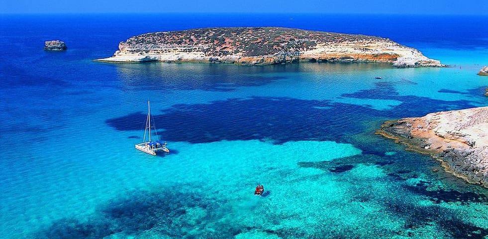 Nel blu dipinto di blu... - Lampedusa e Linosa - Apartment