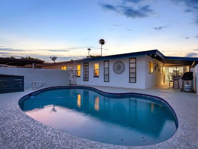 Positive Vibes Only POOL2Bd1Ba ,Washer/Dryer, WIFI