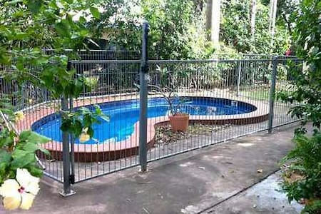 House with pool, spacious, cool, close to airport