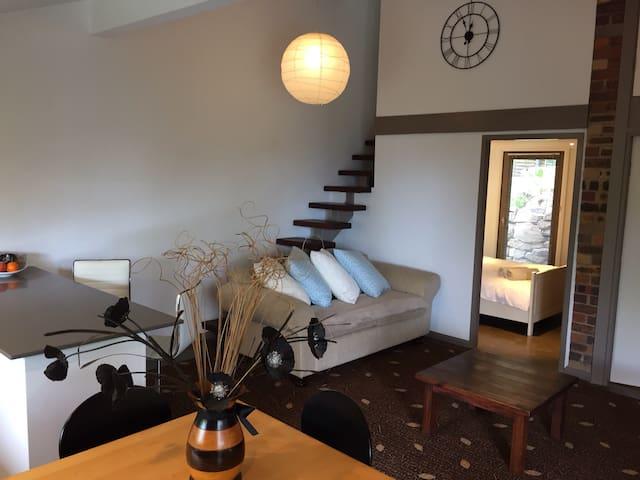 Tree House Apartment (2 - 4 pers) - Bilgola Beach - Apartment