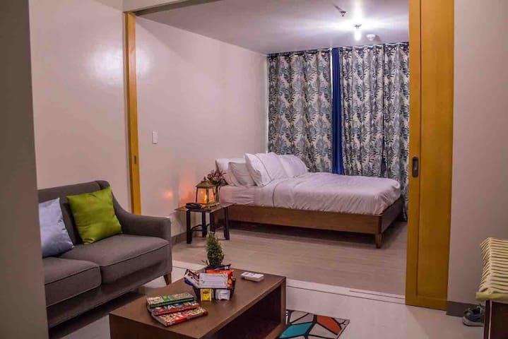 One Bedroom Suite in Uptown Residence, BGC