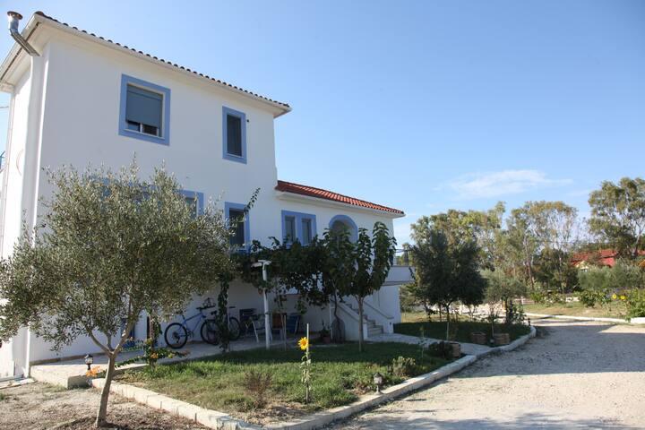 Brand New Apartment in Xi Beach, Lixouri