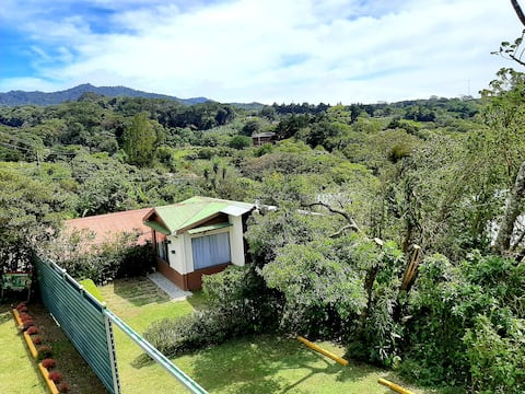 Dream Mountain Cabin, Monteverde
