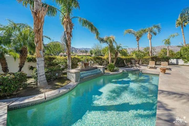 Stunning large home with Private Pool