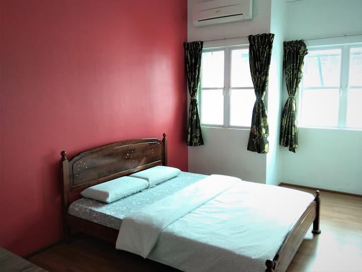 Standard Double Room (02) Borneo Sandakan B