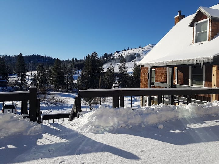 Tahoe Mountain Condo, Soda Springs