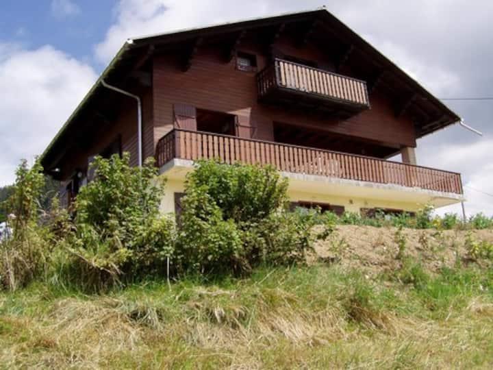 Appartement dans chalet vue sur le Mont Blanc